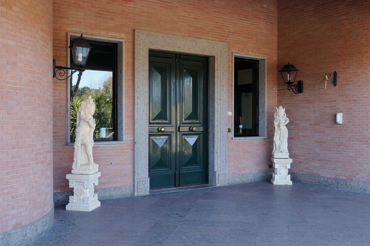 Davanzali in pietra naturale e soglie per finestre micci - Davanzali interni ...