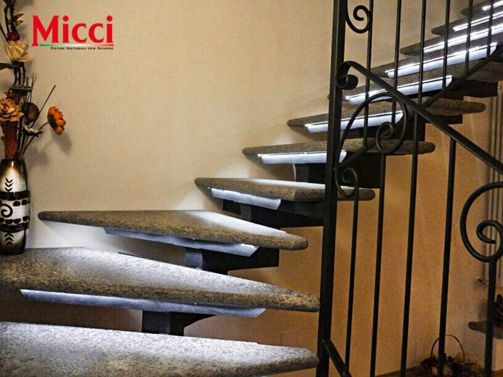 scale in pietra lavica